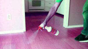 پاک کردن خانه با اسپری