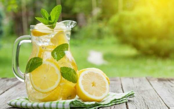 نوشیدن مایعات خنک به شما کمک می کند