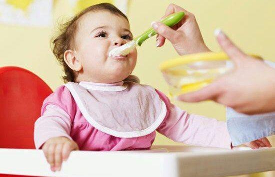 کارهای روزمره کودک خود ادامه را دهید