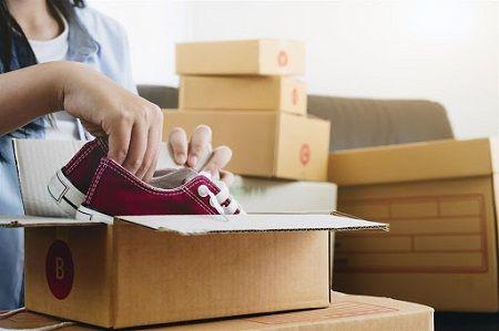استفاده از جعبه ی خود کفش برای بسته بندی